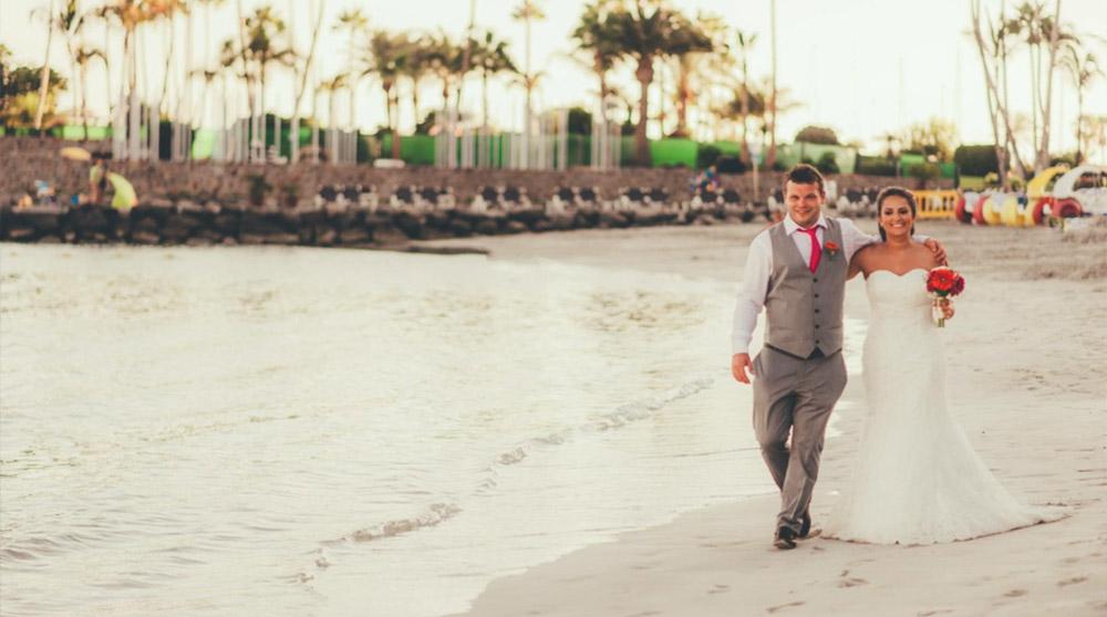 ed326ac46d1 Beach Wedding Dresses-Lightweight
