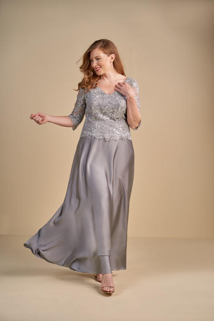 Plus Size Mother of the Bride Dresses - Jasmine Bridal Blog