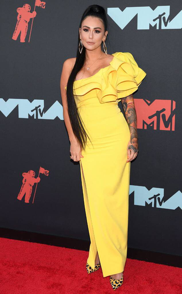 One Shoulder-Jennifer Farley- VMAs 2019