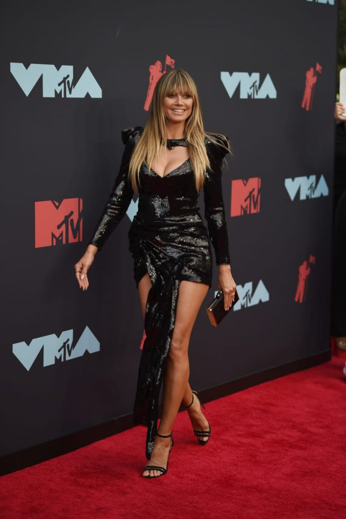 Boxy Shoulders-Heidi Klum-VMAs 2019