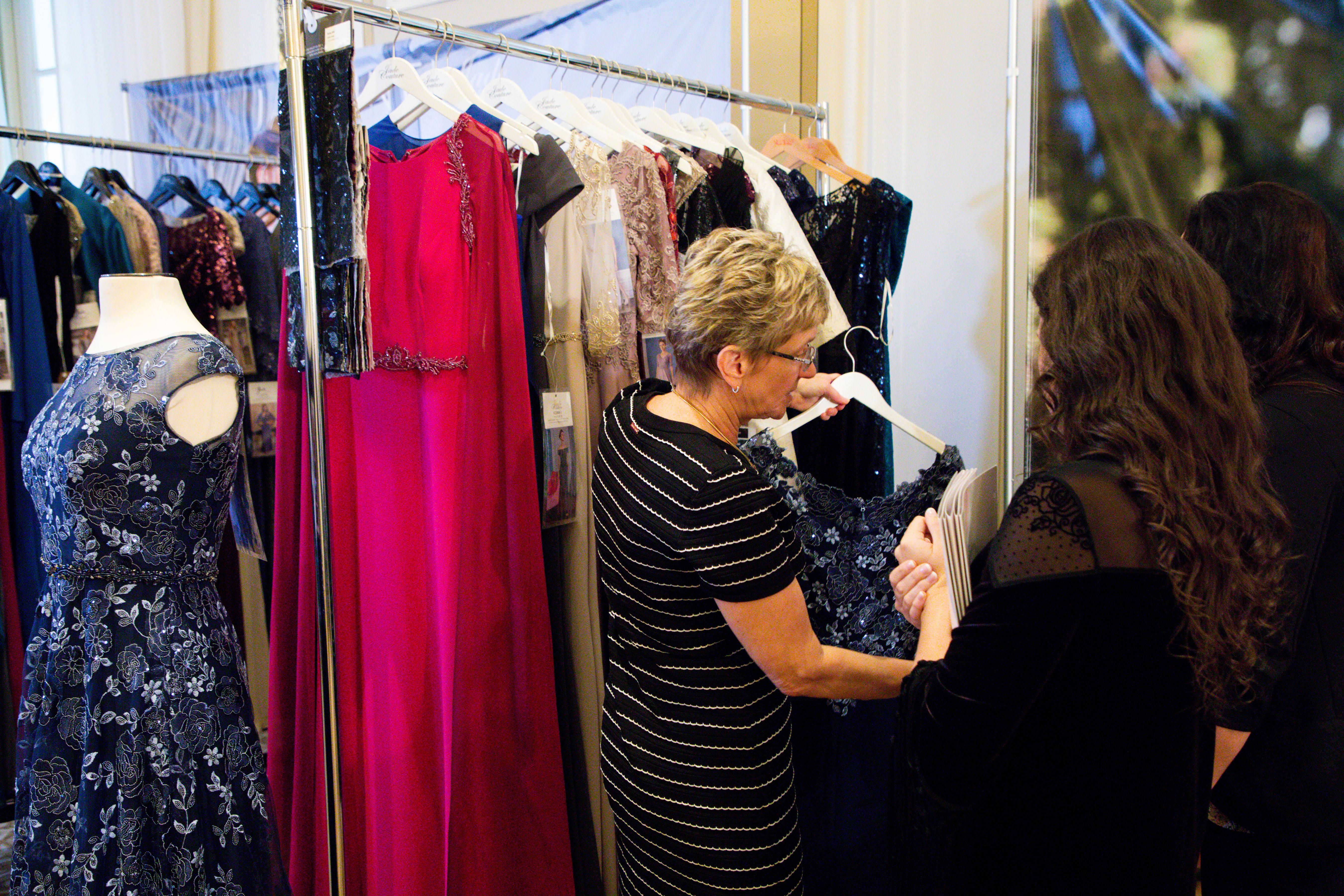 Jasmine MOB Fashion Showroom
