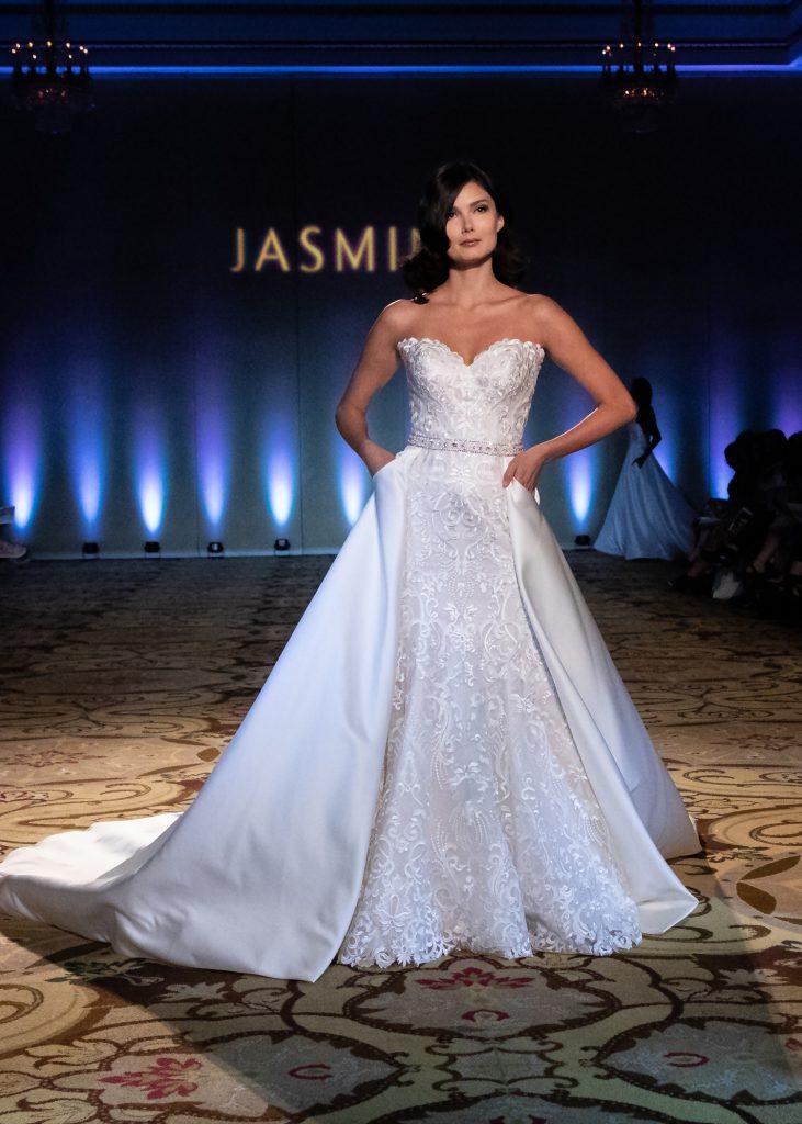 https://www.jasminebridal.com/blog/wp-content/uploads/2019/08/S20-Fashion-Show-8-731x1024.jpg