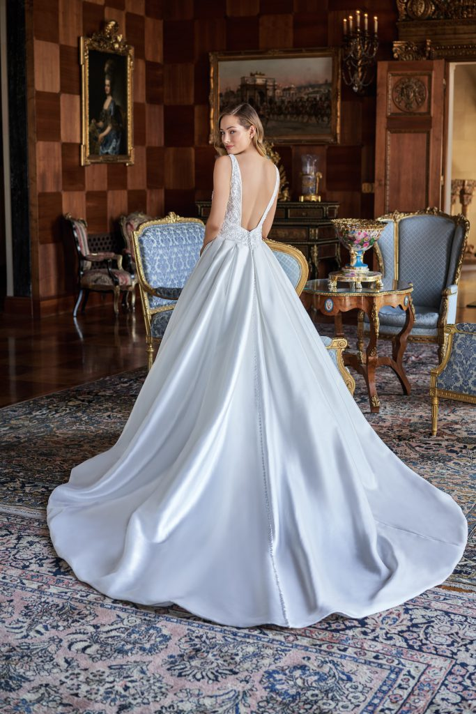 Jasmine Couture Top Seller Wedding Dresses- T222004