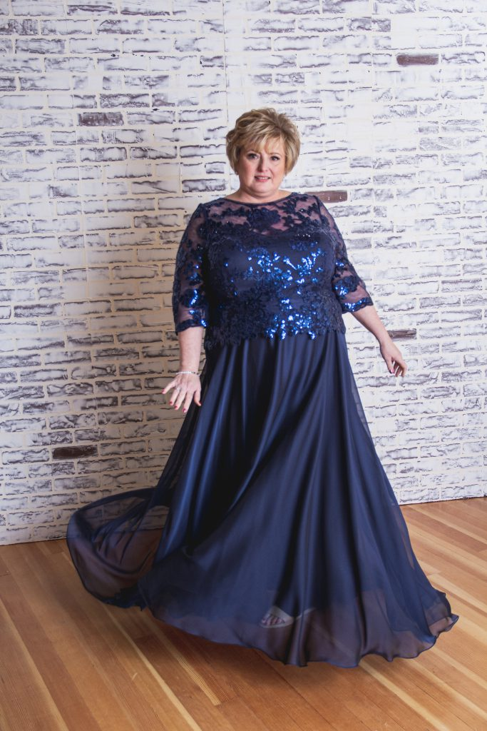 Curvy Mother of the Bride Dresses- J195014