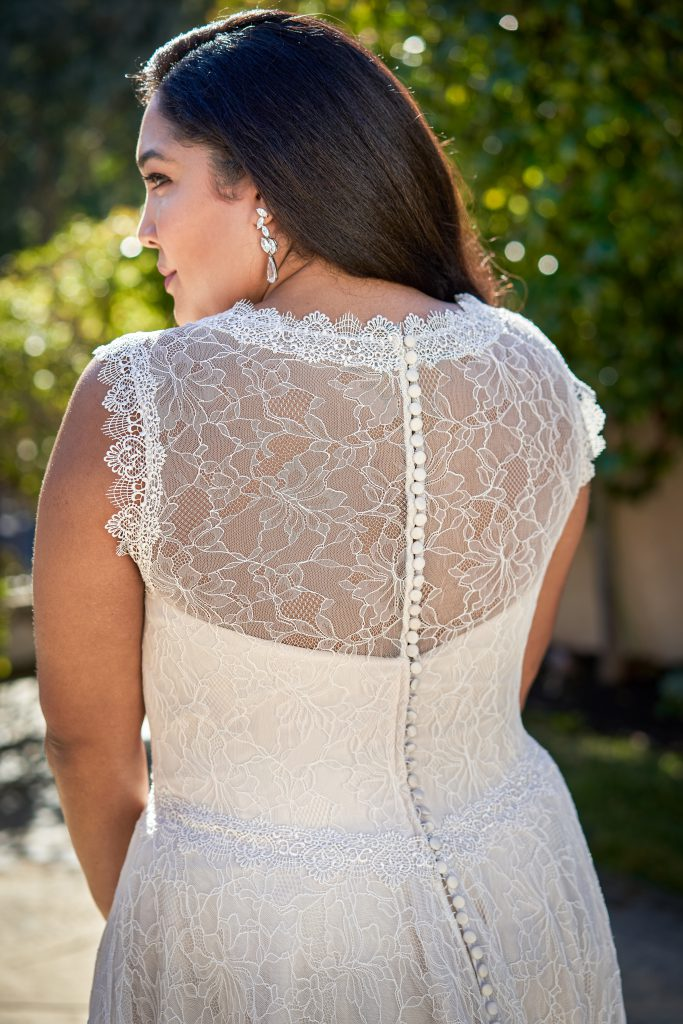Plus Size Wedding Dresses- Style F221061N