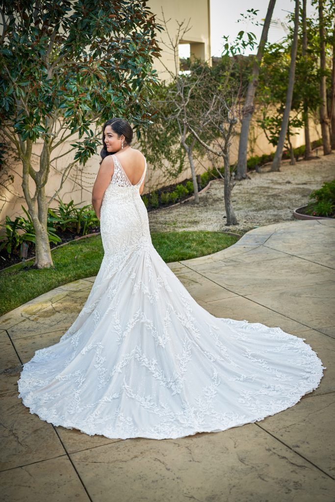 Plus Size Wedding Dresses- Style T222054