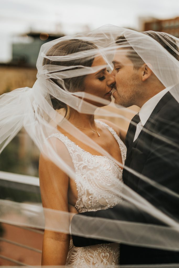 Wedding Photo Checklist- Tangled in a Veil