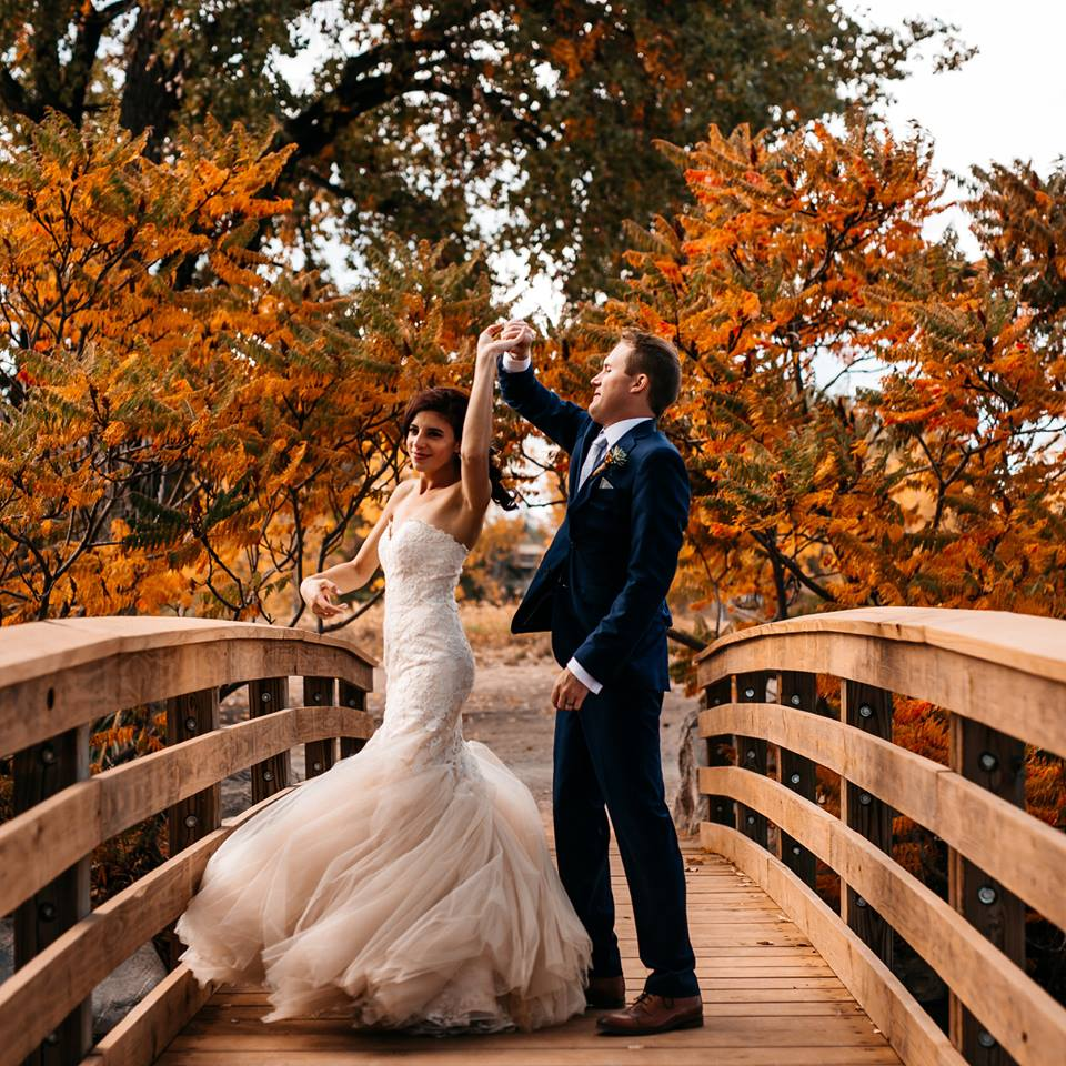 Wedding photo Checklist- Dress Twirl