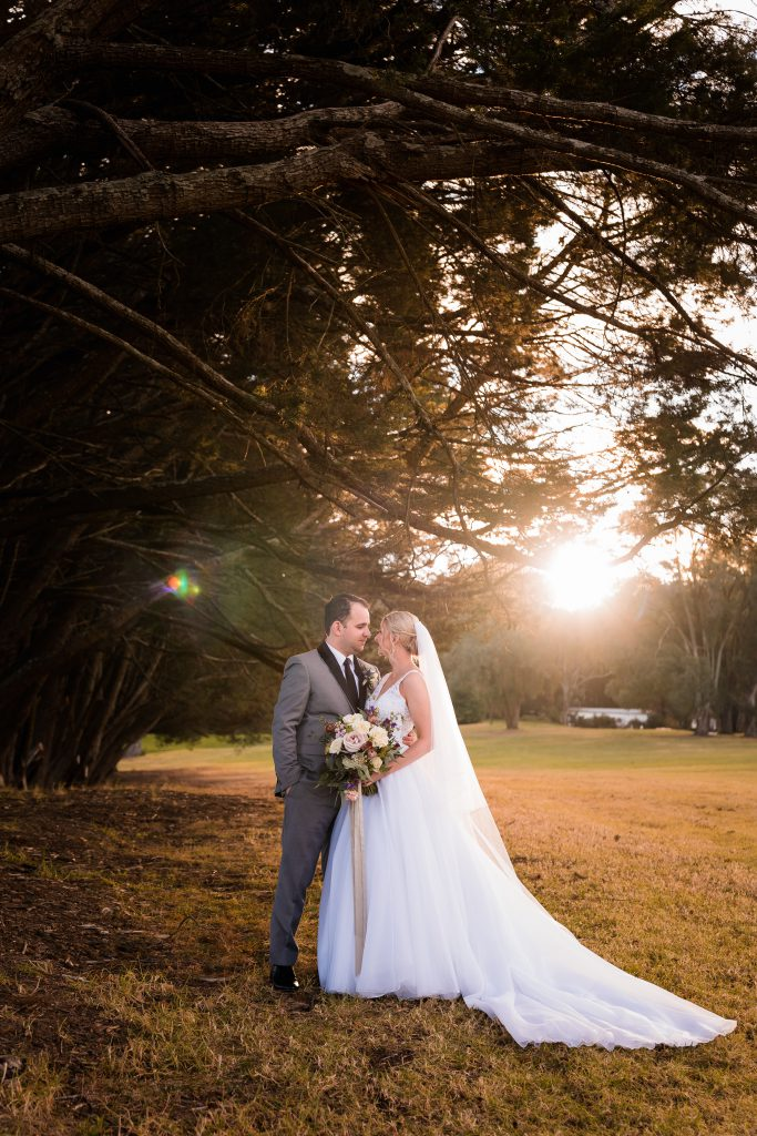 Wedding photo Checklist- Catching the Sunset