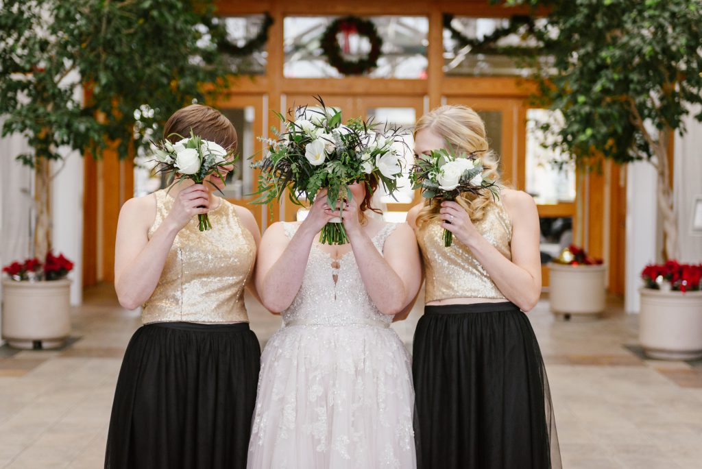 Wedding photo Checklist- Just the Girls/PeekaBouquet & Champagne Pop