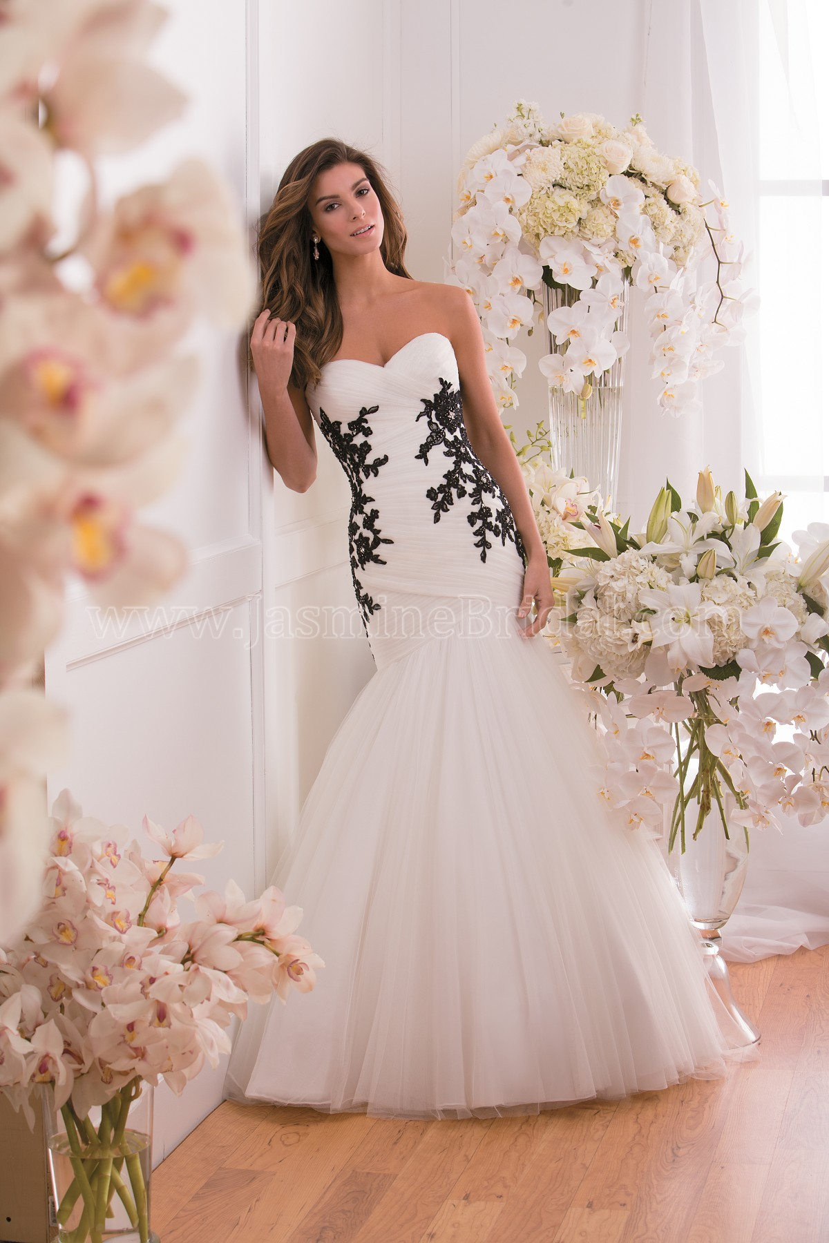 F171008 Sweetheart Strapless Lace & Soft Tulle Fit & Flare Wedding Dress