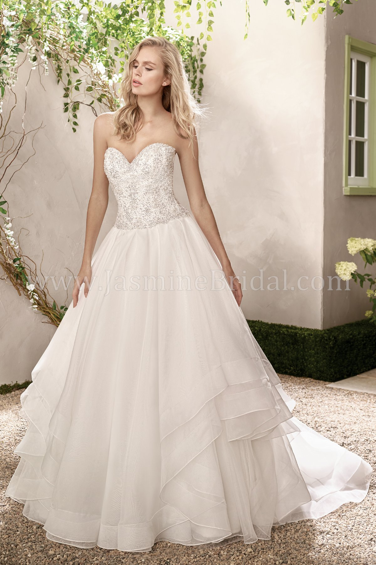 F191019 Sweetheart Strapless Organza & Tulle Wedding Dress with Beading