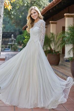 F201058 Jewel Neckline Chantilly Lace & English Net Wedding Dress