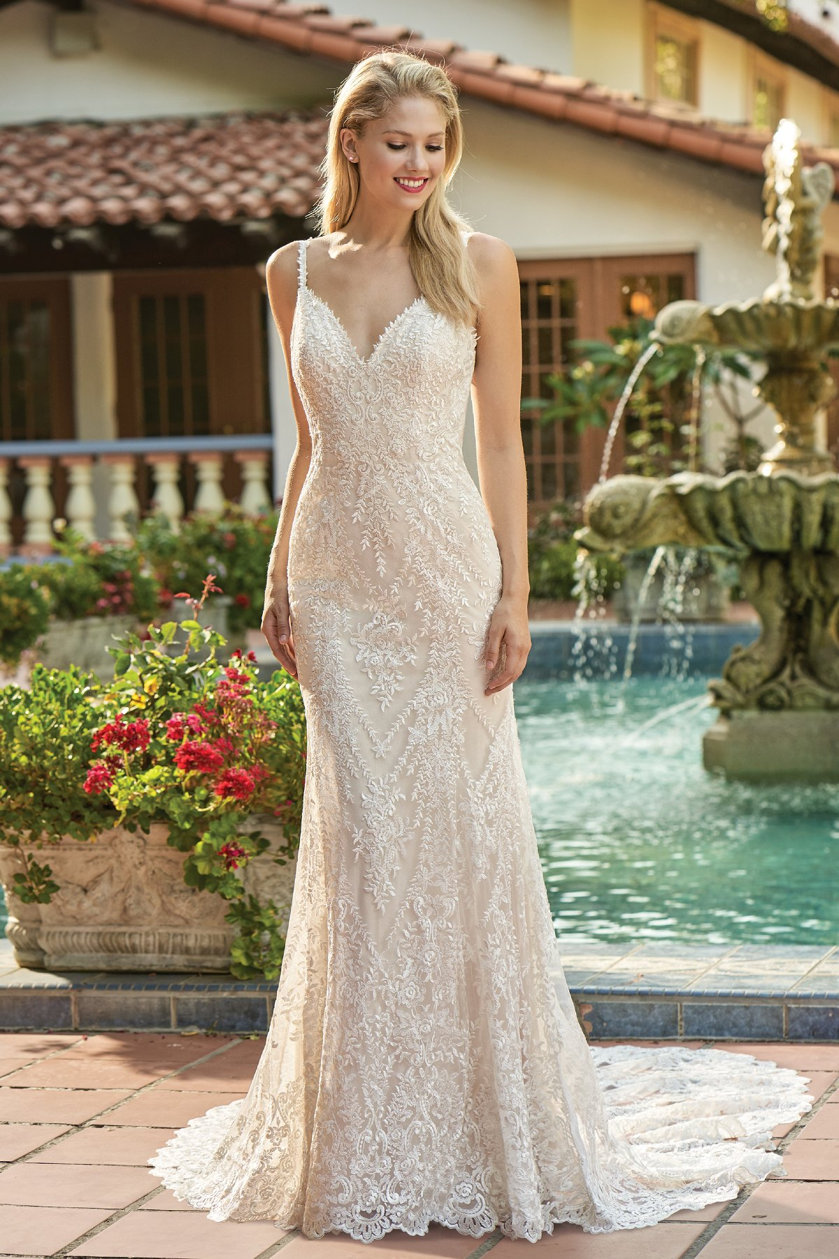 F211008 Rustic Embroidered Lace Wedding Dress With Sweetheart Neckline