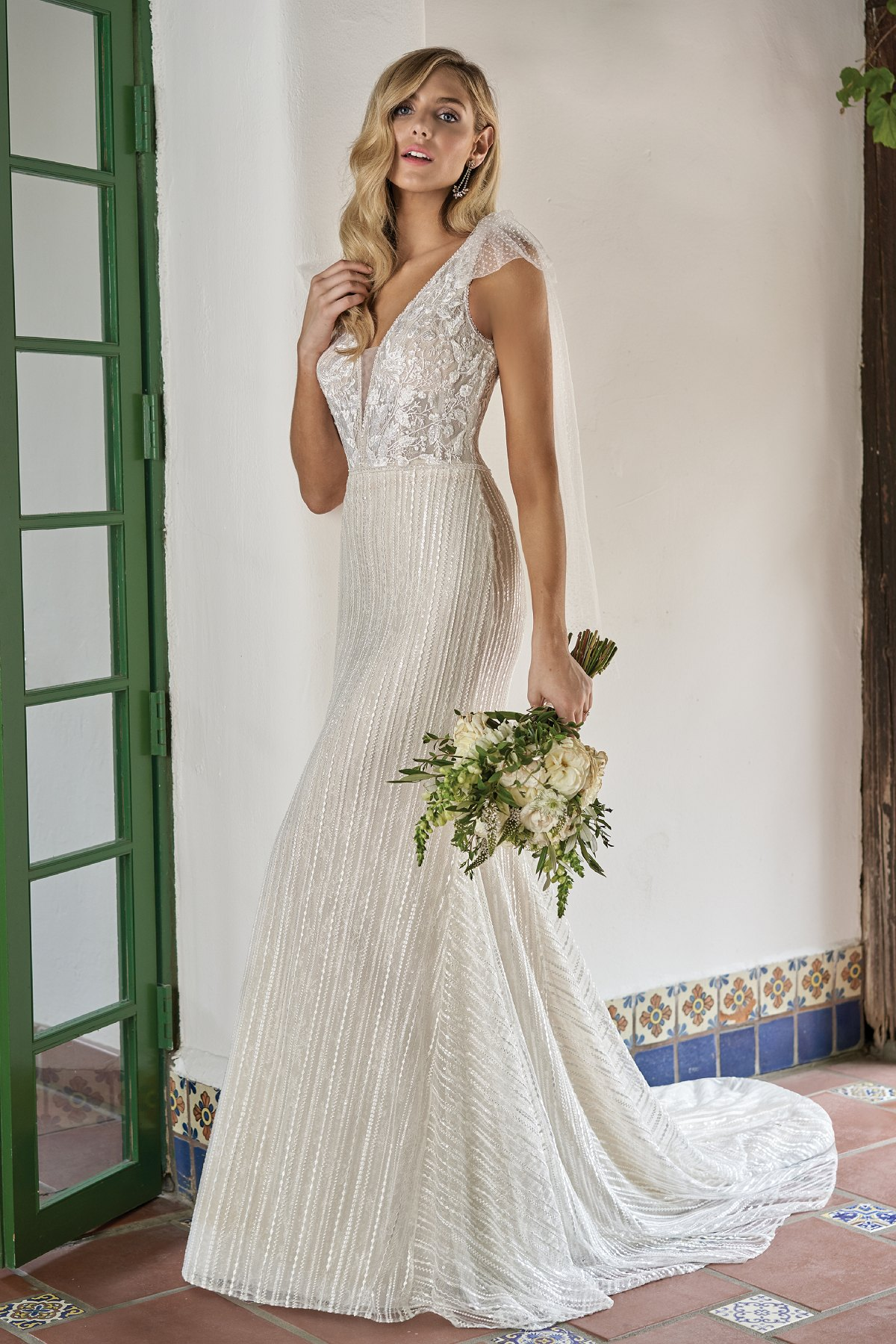 F211018 Embroidered Lace Sequin Wedding Dress