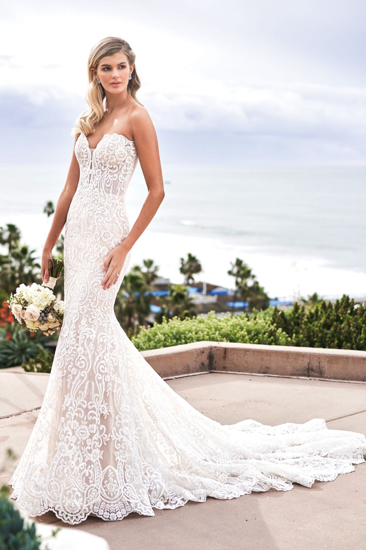 F211056 Gorgeous Embroidered Lace Wedding Dress With
