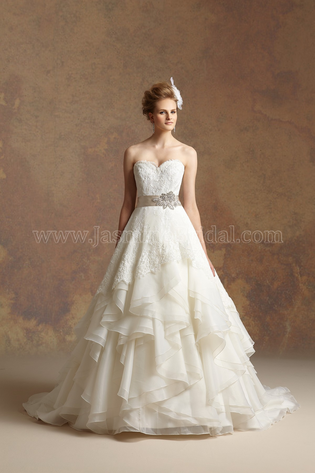T152009 sweetheart strapless tulle pearl organza wedding dress t152009 sweetheart strapless tulle pearl organza wedding dress with ribbon junglespirit Image collections
