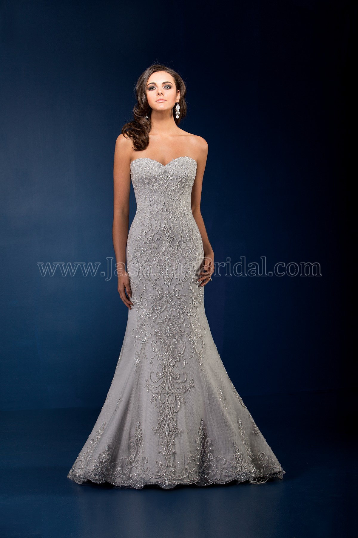 T162061 Sweetheart Strapless Netting Wedding Dress With Beading