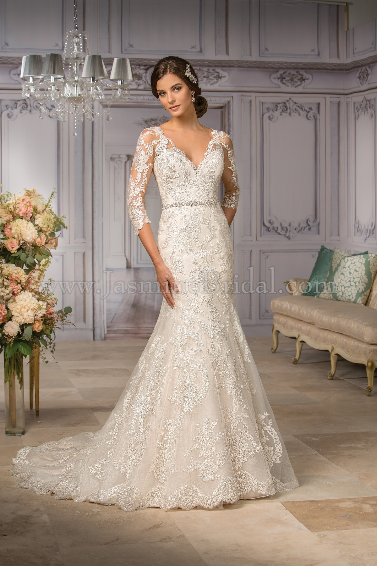 T182004 V-neck Embroidery Lace & Tulle Wedding Dress with Sleeves