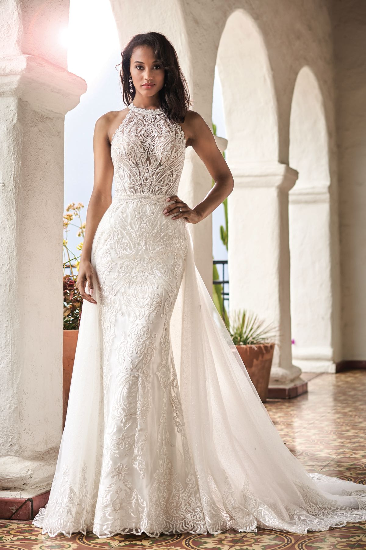 T212056 Romantic Embroidered Lace Wedding Dress With High Halter