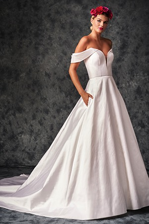 Extra wide Tulle Shoulder Straps Strapless Bridal gowns bridesmaids dresses.