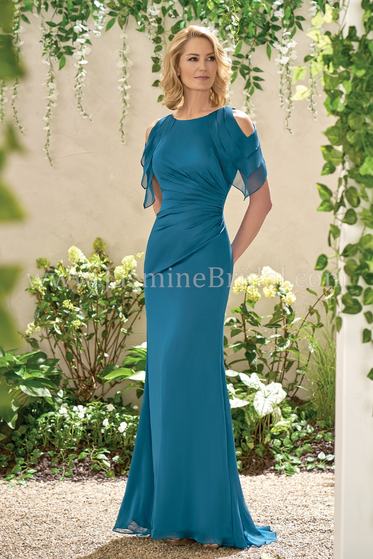 J195004 Long Jewel Neckline Chiffon MOB Dress
