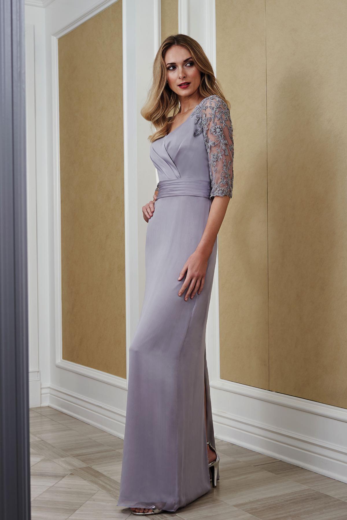 a7eafef5ca5 J215057 Jade Tiffany Chiffon   Lace MOB Dress with V-neckline