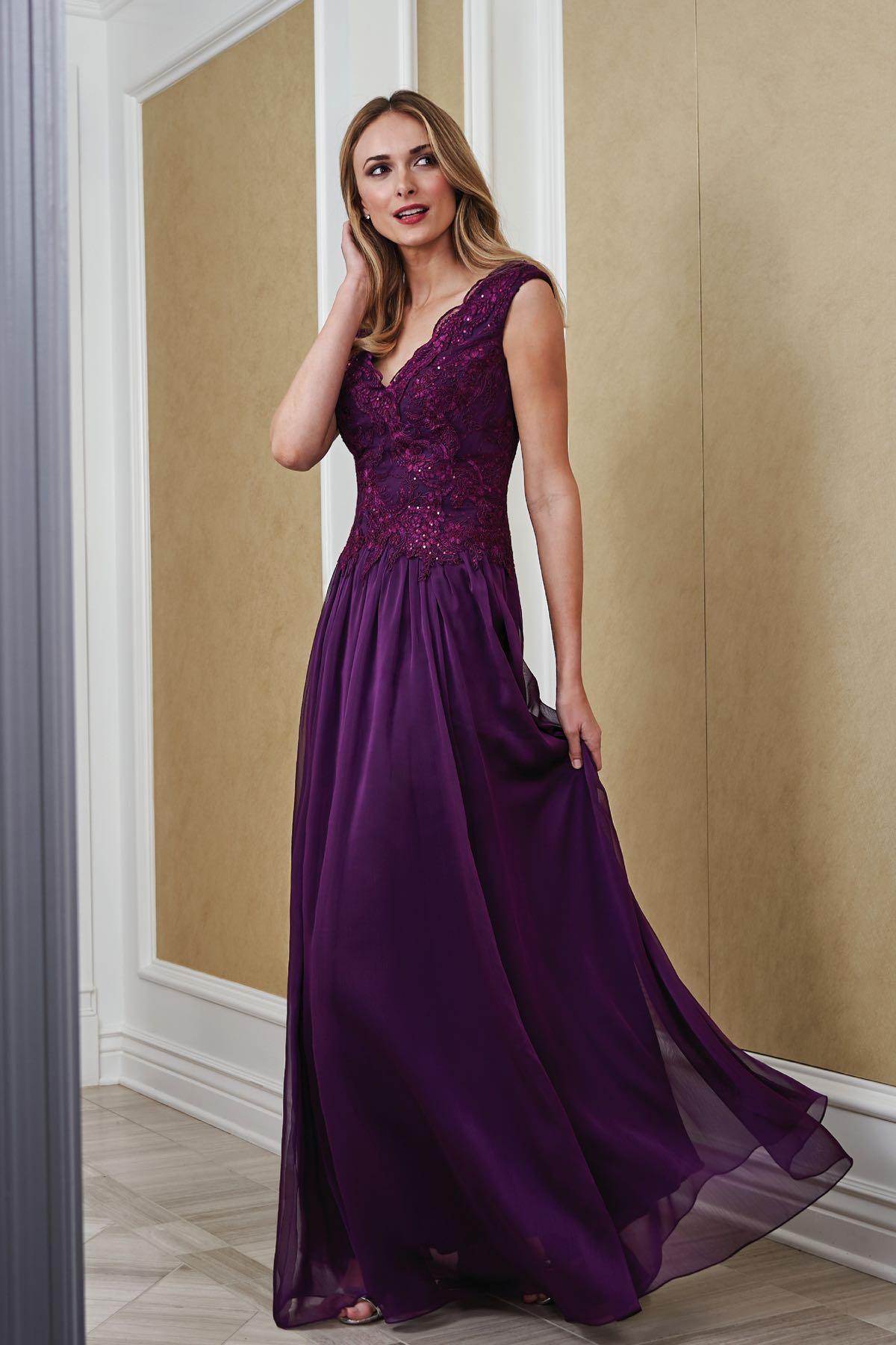 90b78fcec13 J215064 Alice Lace   Jade Tiffany Chiffon MOB Dress with V-neckline