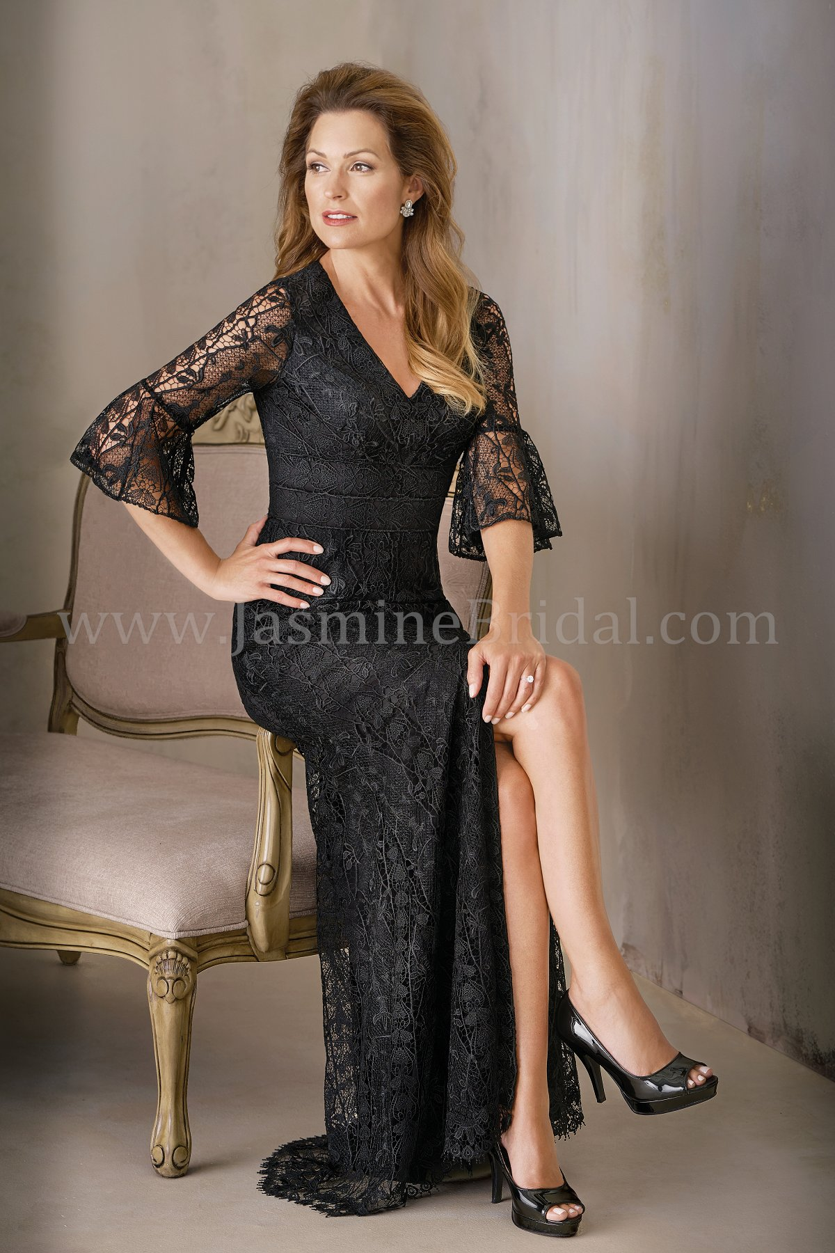 K208012 Long V Neck Lace Mob Dress With Sleeve And Slit