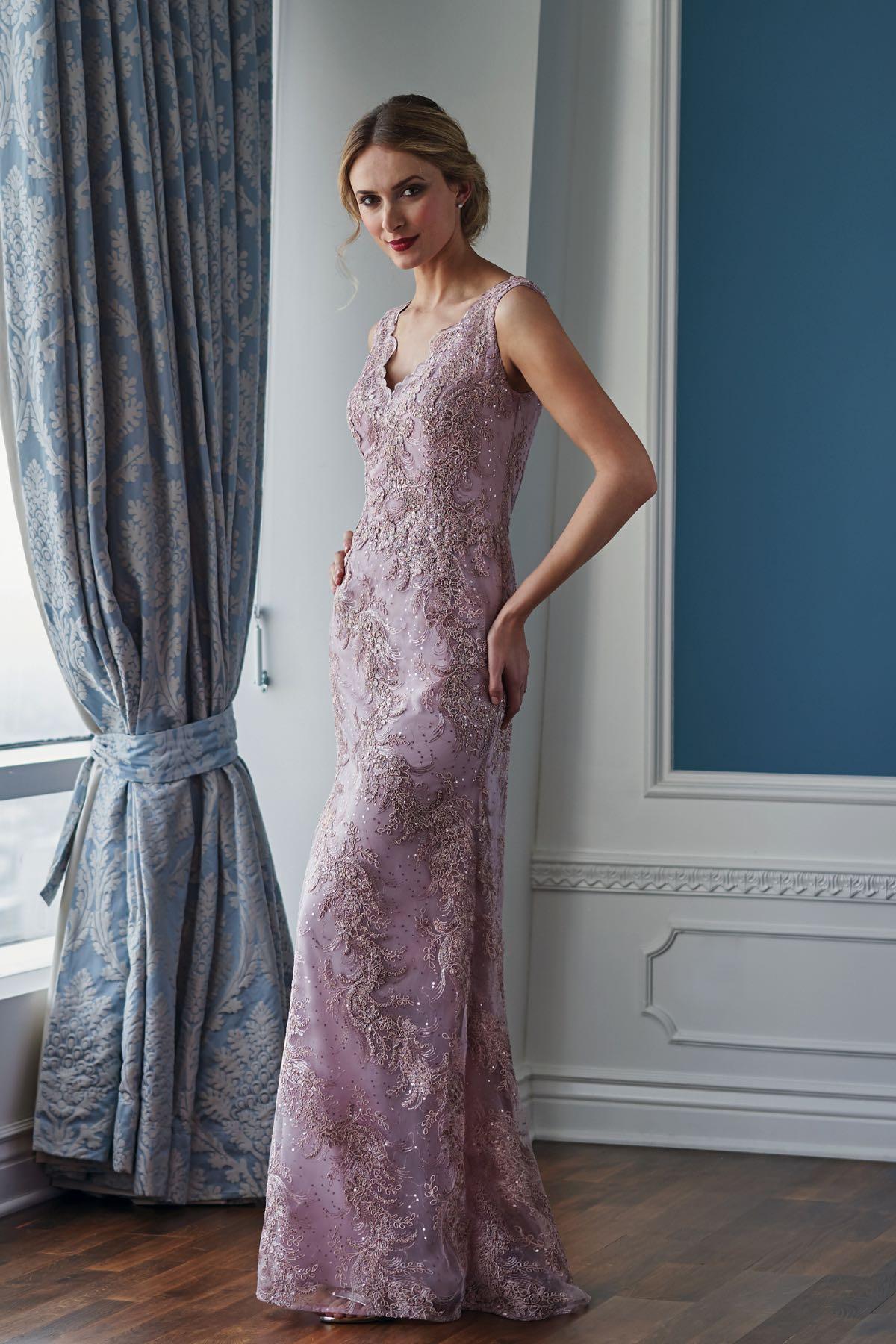 19d8f49dd1f K218062 Elegant Alice Lace MOB Dress with V-neckline